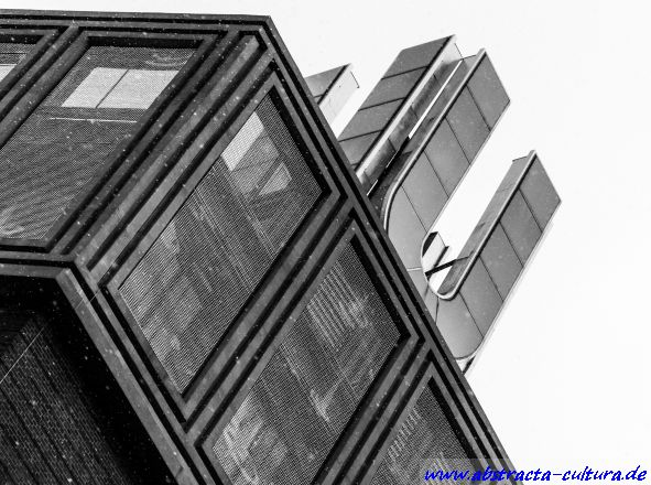 Dortmunder U 2 abstracta