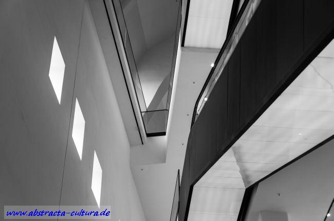 Dortmunder U 6 abstracta
