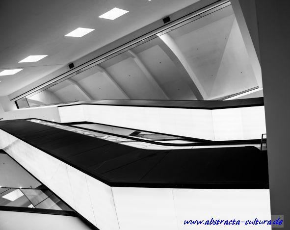 Dortmunder U 7 abstracta